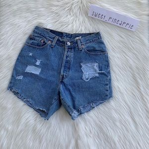 Levi's Vintage High Waisted Distressed Shorts 28
